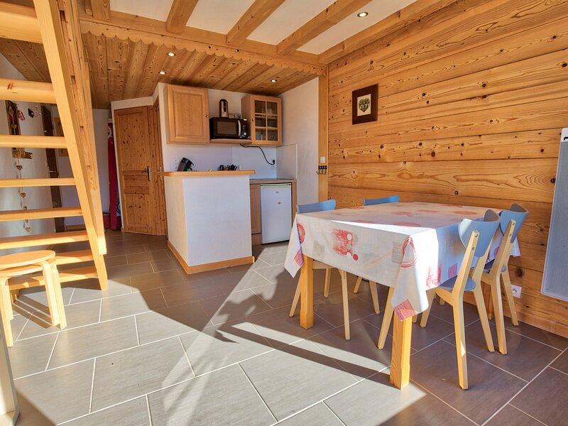 APAPRTEMENT DE CHARME AVEC VUE EXCEPTIONELLE, holiday rental in Saint-Nicolas-la-Chapelle