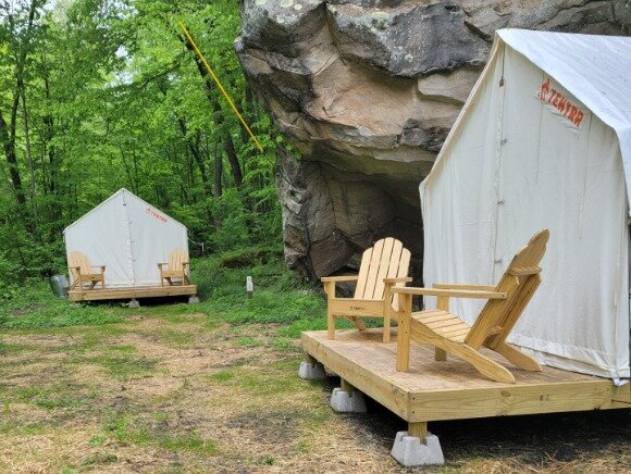 Tentrr State Park Site - WV - Hawk's Nest State Park - Site A - Double Camp, holiday rental in Mount Hope