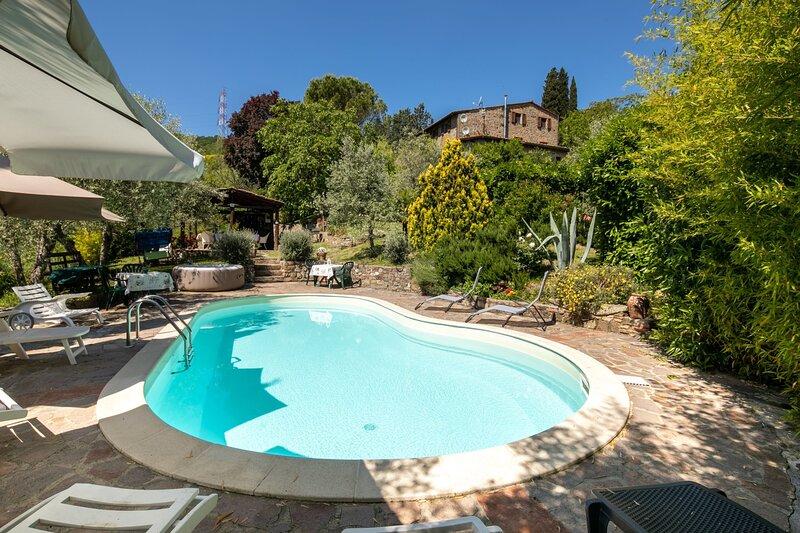 Poggio Alla Croce Holiday Home Sleeps 10 with Pool and WiFi - 5892385, holiday rental in Poggio alla Croce