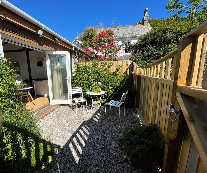1-Bed sunny studio apartment in Tregony, Truro, casa vacanza a Tregony