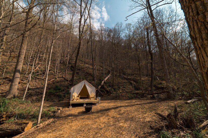 Tentrr State Park Site - WV Hawk's Nest State Park - Site I - Single Camp, holiday rental in Mount Hope