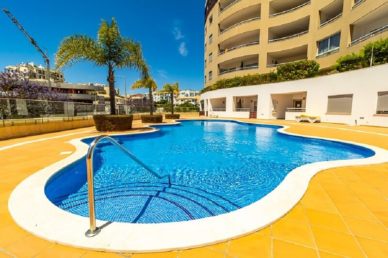 Lush modern and very comfortable apartment in Lagos, vakantiewoning in Lagos