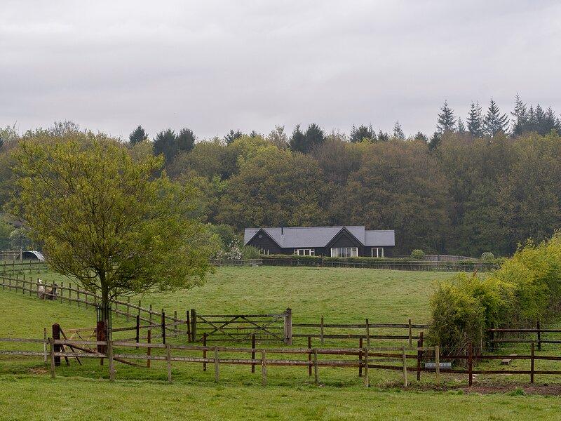 FARLEY LODGE, ground floor lodge within 2000 acre nature reserve, WiFi, alquiler de vacaciones en Alderbury