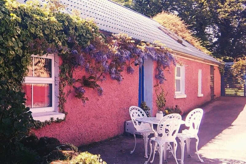 """Farm Cottage, close to """"The Stairway to Heaven"""", alquiler vacacional en Newtownbutler"""