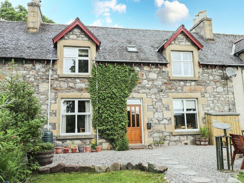 2 Swordale Cottages, Evanton, location de vacances à Dingwall