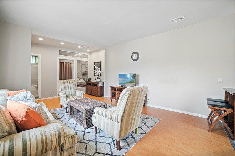 * Marbella Lane - Duplex 3BR #2 | Rowland Heights, location de vacances à Hacienda Heights