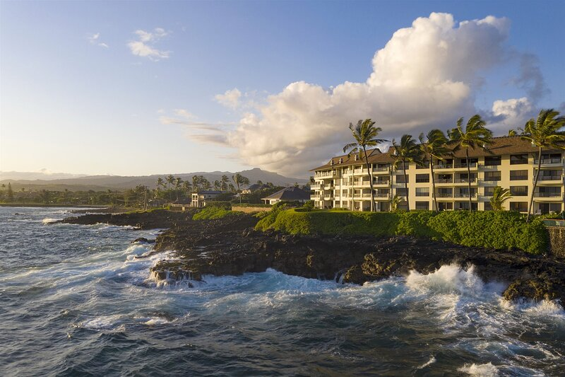 Poipu Shores 303A OceanFRONT Elegance, 2BR/2BA, Air Conditioning, Heated Pool., holiday rental in Poipu