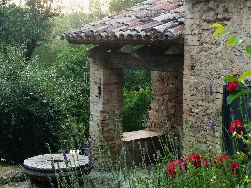 1-Bed Countryside Villa, 3km from Massa Martana, casa vacanza a Massa Martana