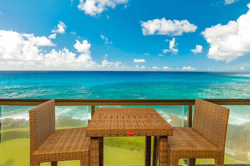 Poipu Shores 305A Air Conditioned, Oceanfront, Heated Pool, Double Sized Balcony, holiday rental in Poipu