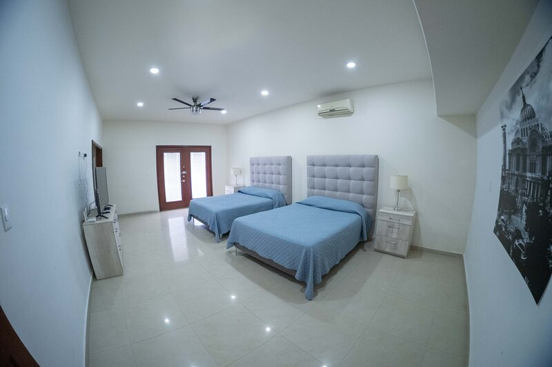 21 Suite with Jacuzzi, holiday rental in Torreon