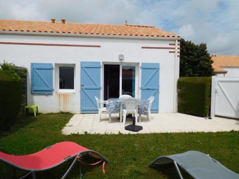 PISCINE POUR LA JOIE DES ENFANTS !, location de vacances à La Faute sur Mer
