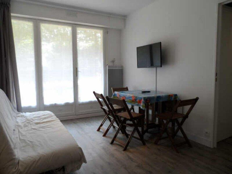 PLEIN SUD, holiday rental in Periers-en-Auge