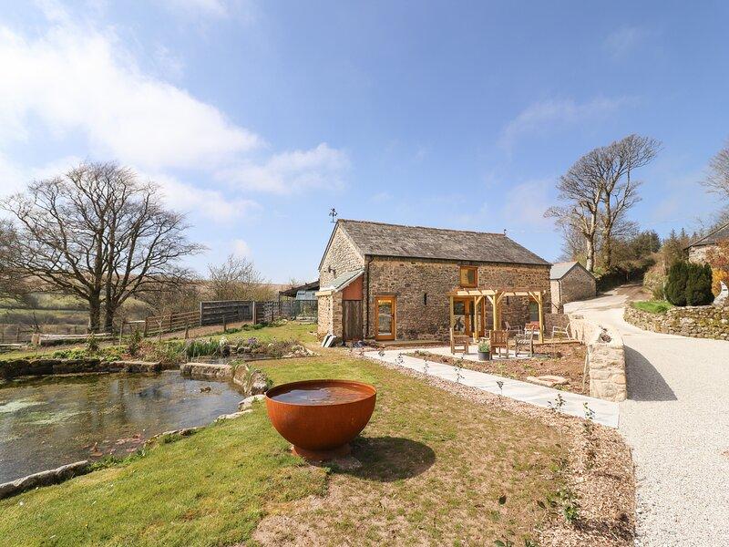 The Meeting House * Yellowmead Farm, Yelverton, vacation rental in Sampford Spiney