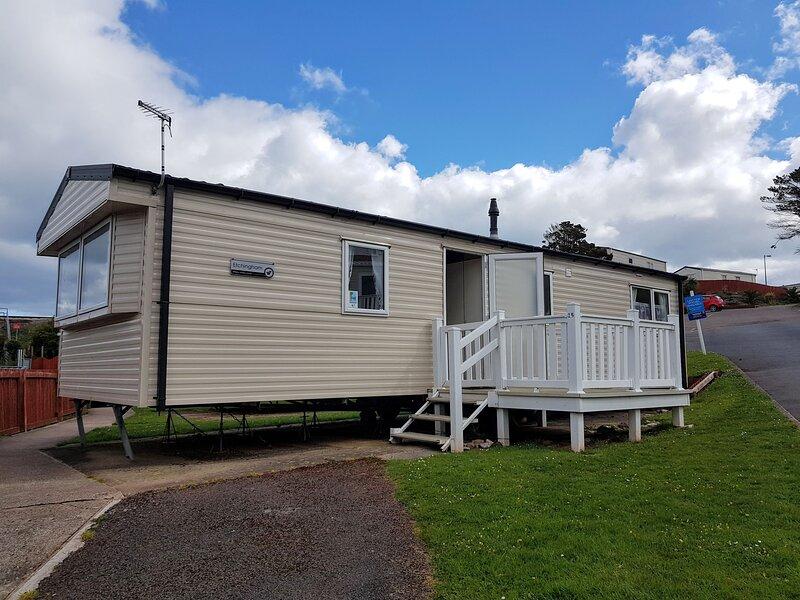 Waterside Holiday Park, Paignton, Sleep 6 caravan, location de vacances à Galmpton
