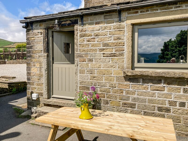 The Cow Shed, Holme, Yorkshire, holiday rental in Diggle