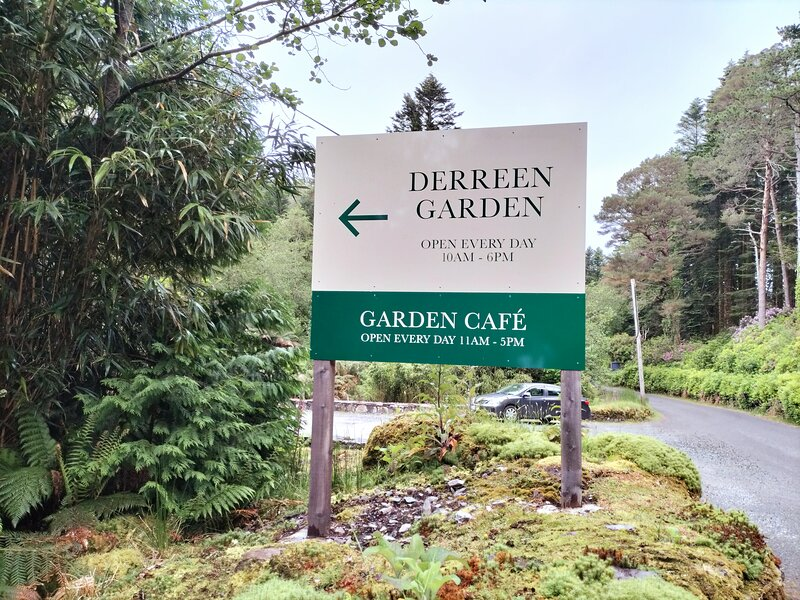 Derreen garden and Cafe. 2 klms from cottage.