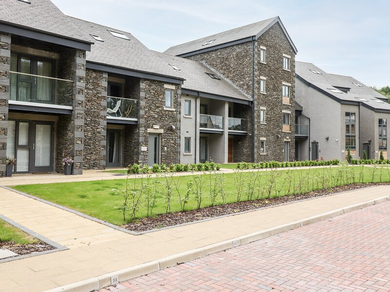 The Nest (39 Ironworks), Ulverston, vacation rental in Lakeside