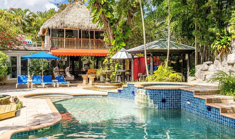 Super Luxury Resort Style Property with all the Tulum Feels 6BD, casa vacanza a Miami Shores