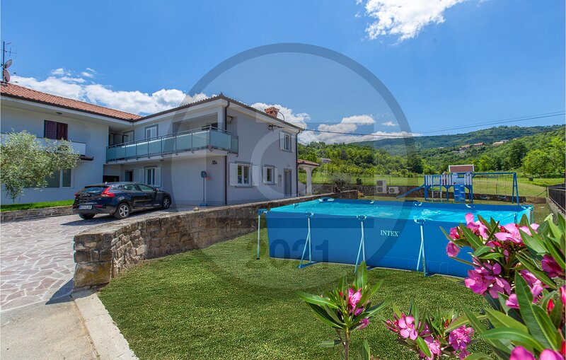 Awesome apartment in Koper with Outdoor swimming pool, WiFi and 1 Bedrooms (SCR3, holiday rental in Marezige