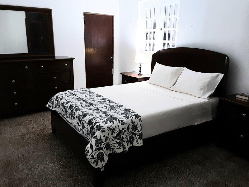 Apartment In Country setting with Ocean View, alquiler de vacaciones en Quebradillas