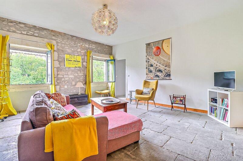 Antonin - Première conciergerie, holiday rental in Caissargues