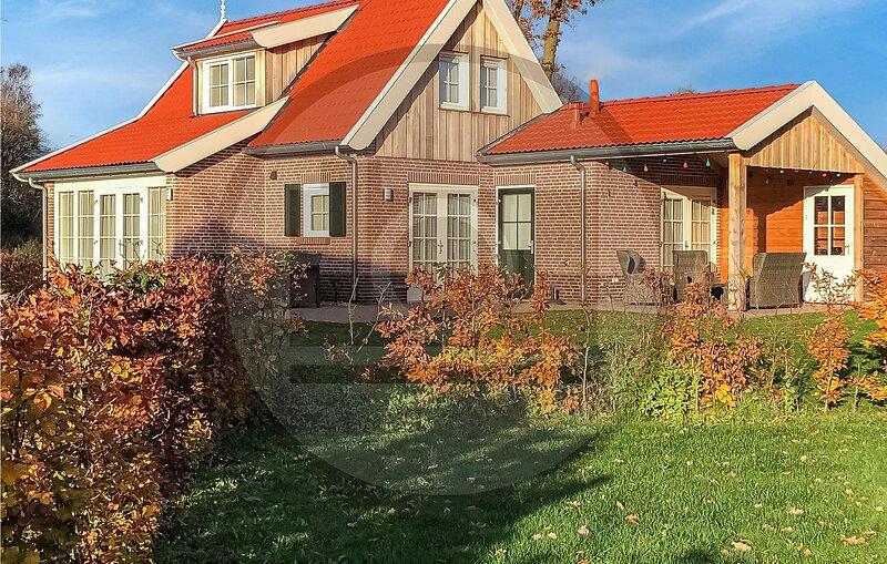 Nice home in Hoge Hexel with WiFi and 3 Bedrooms (HOV213), holiday rental in Ootmarsum