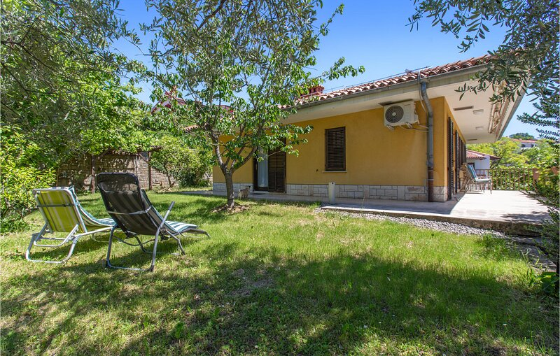 Stunning apartment in Lucija with WiFi and 3 Bedrooms (SCR313), holiday rental in Lucija