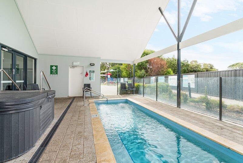 Coastal Cottage - Unit 22 At Cape View Resort, casa vacanza a Vasse