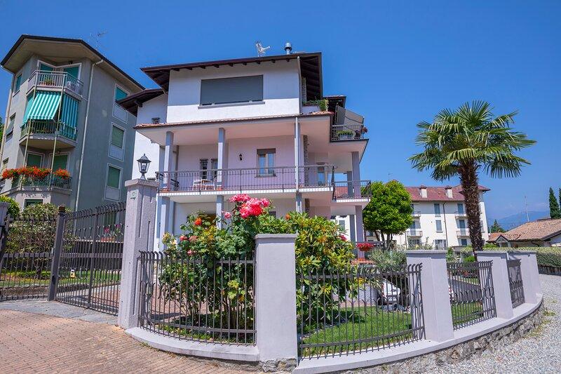 Residenza La terrazza di Dante, holiday rental in Vezzo