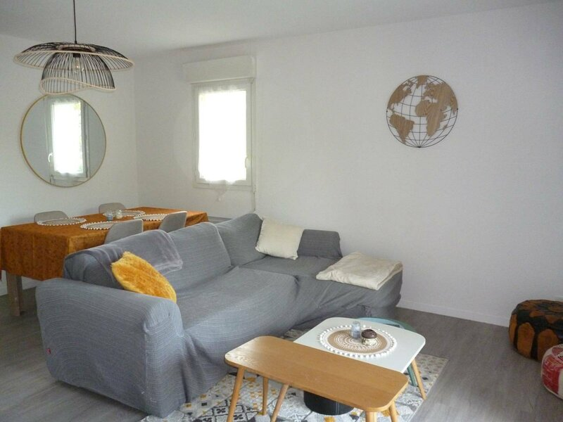 CAMBO C215 : Résidence les 2 Pierrots, 2 personnes, holiday rental in Espelette