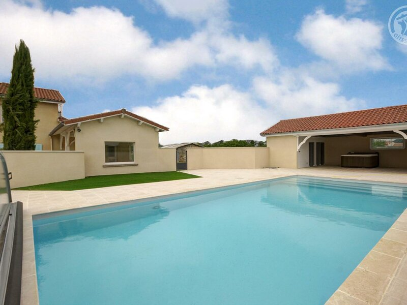 Le Beauplan 2, holiday rental in Montbrison
