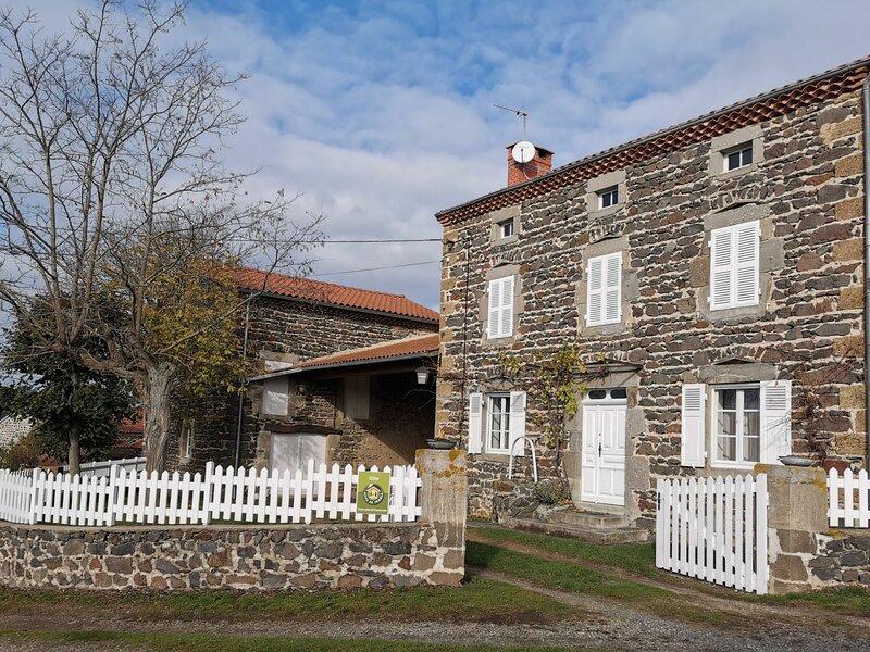 La Maison d'Antoinette, location de vacances à Couteuges