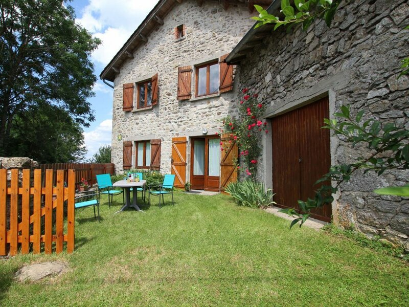 Douce campagne, holiday rental in Saint-Julien-d'Ance