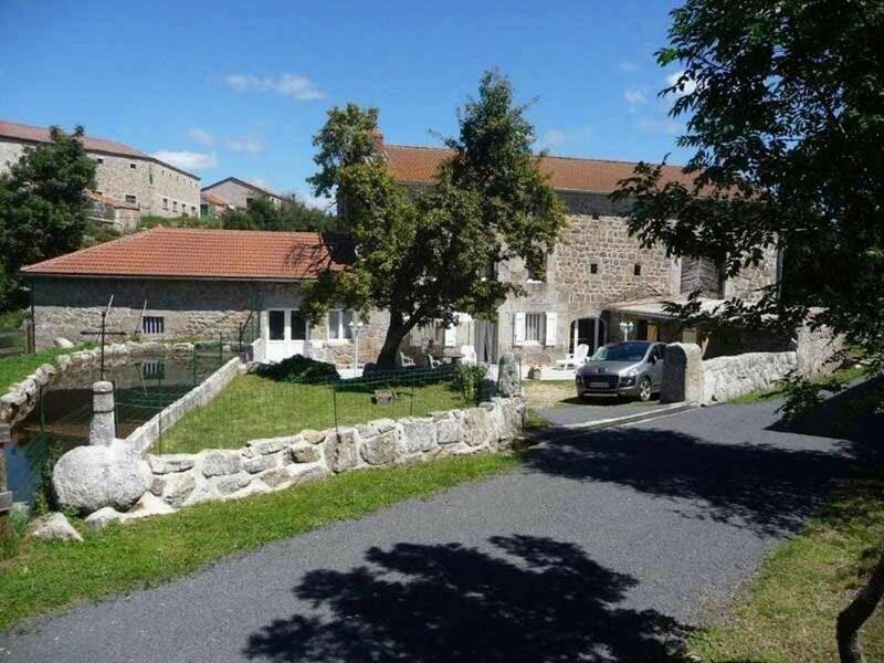 Le Moulin de la Brugère, location de vacances à Grandrieu