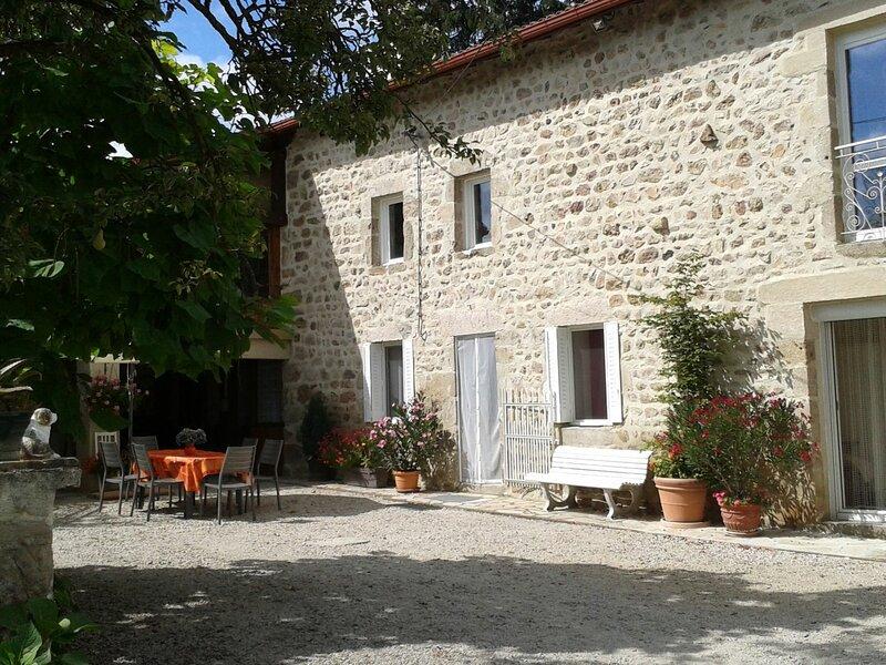 'La Motte Guérut', holiday rental in Saint-Julien-d'Ance