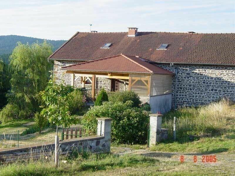 Gîtes des Sapins, holiday rental in Varennes-Saint-Honorat