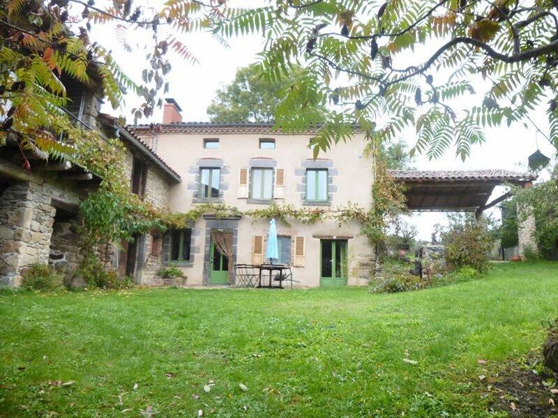 La Maison de Marguerite, location de vacances à Couteuges