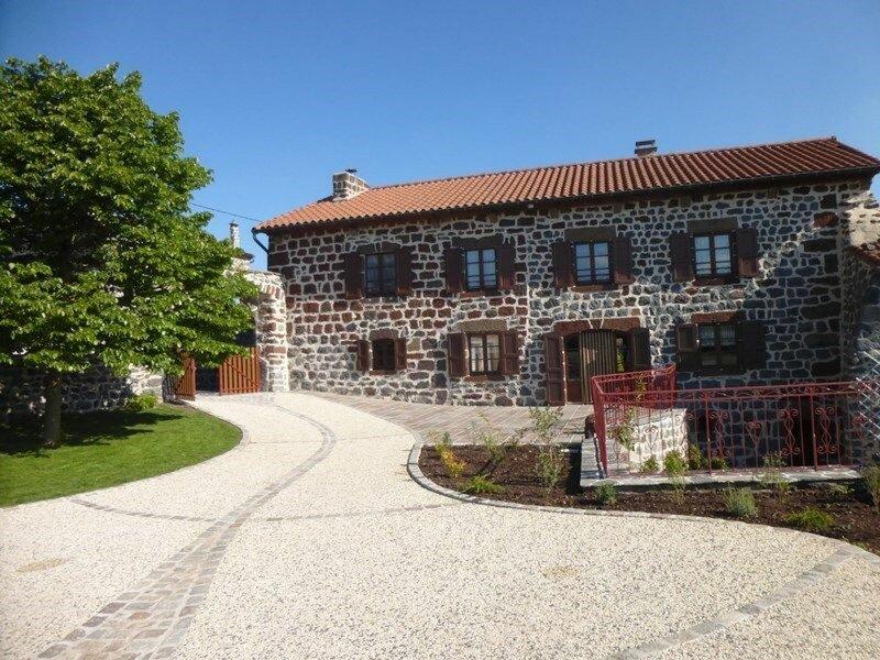 Les Tourterelles, location de vacances à Éspaly-Saint-Marcel