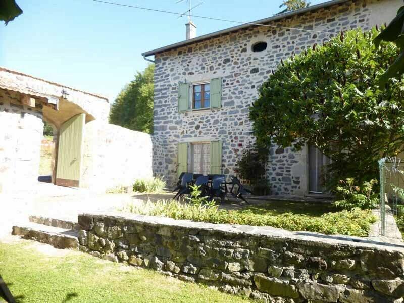 Le Verveine, location de vacances à Éspaly-Saint-Marcel
