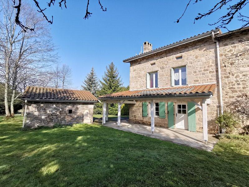 La ferme de Biel, holiday rental in Saint-Maurice-de-Lignon