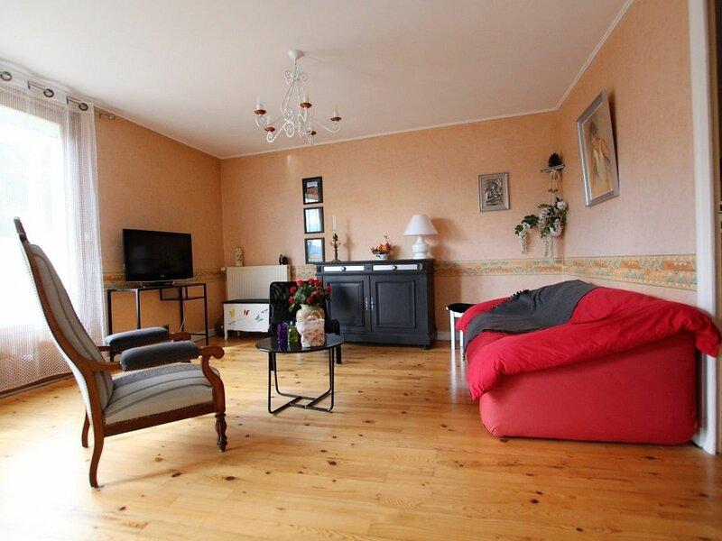 L'Instant Présent, holiday rental in Saint-Julien-d'Ance