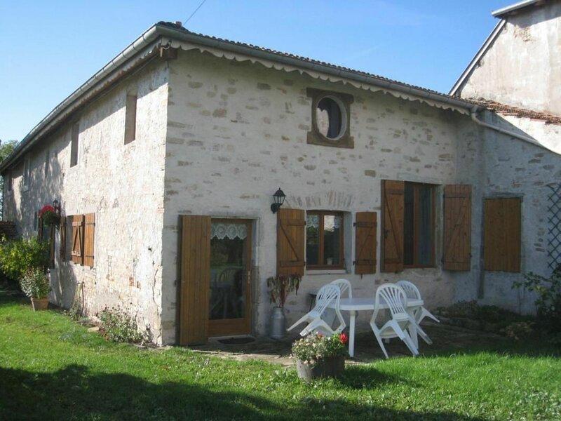 Gîte de Balmont, holiday rental in Mirecourt