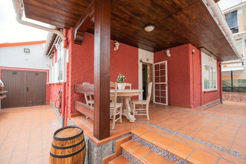 La casita de Lola.Casita con encanto., holiday rental in Piedralaves
