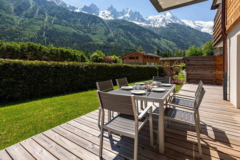 La Cordee 703 Apartment, 2 bedrooms in residence with pool, alquiler vacacional en Les Praz-de-Chamonix