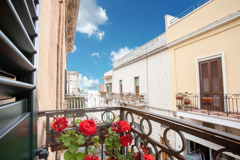 Borgo di Mare | centro di Porto Cesareo, holiday rental in La Strea