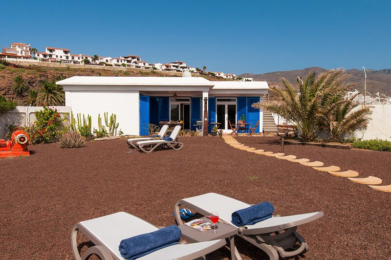 Agaete Beach House at the natural pools, aluguéis de temporada em Agaete