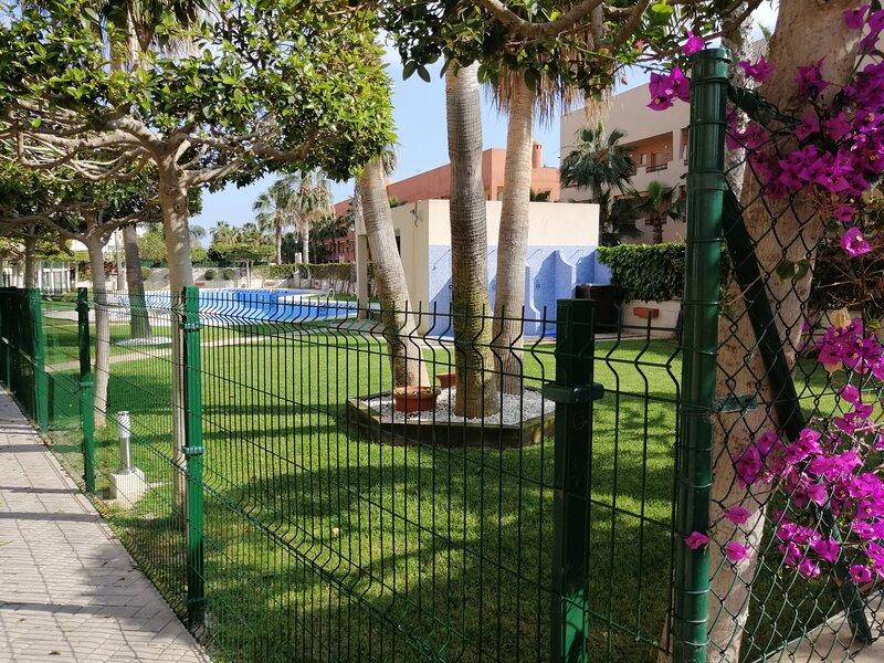 2 Bed, 2 Bath Ground floor apartment 150m to beach and restaurants, alquiler vacacional en Playas de Vera