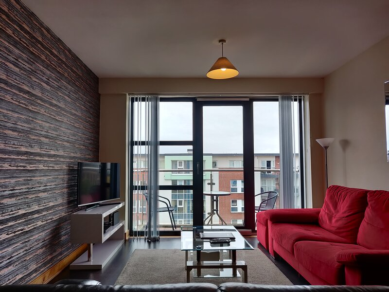 Fabs Two Bed Apartment near City Center and University, holiday rental in Newtownabbey