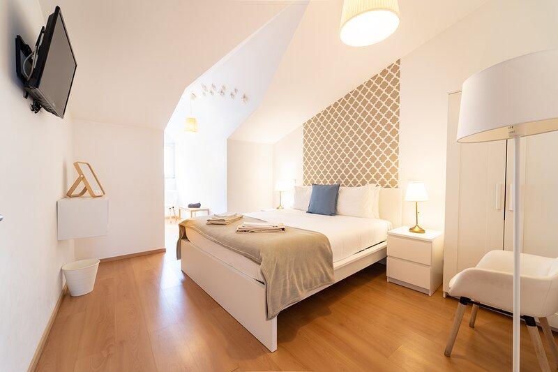 Sé Guesthouse ' Arco da Porta Nova ', holiday rental in Jesufrei