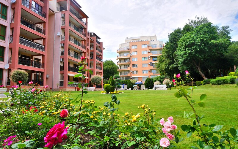 Sunrise Complex Apartments - Modern, holiday rental in Golden Sands